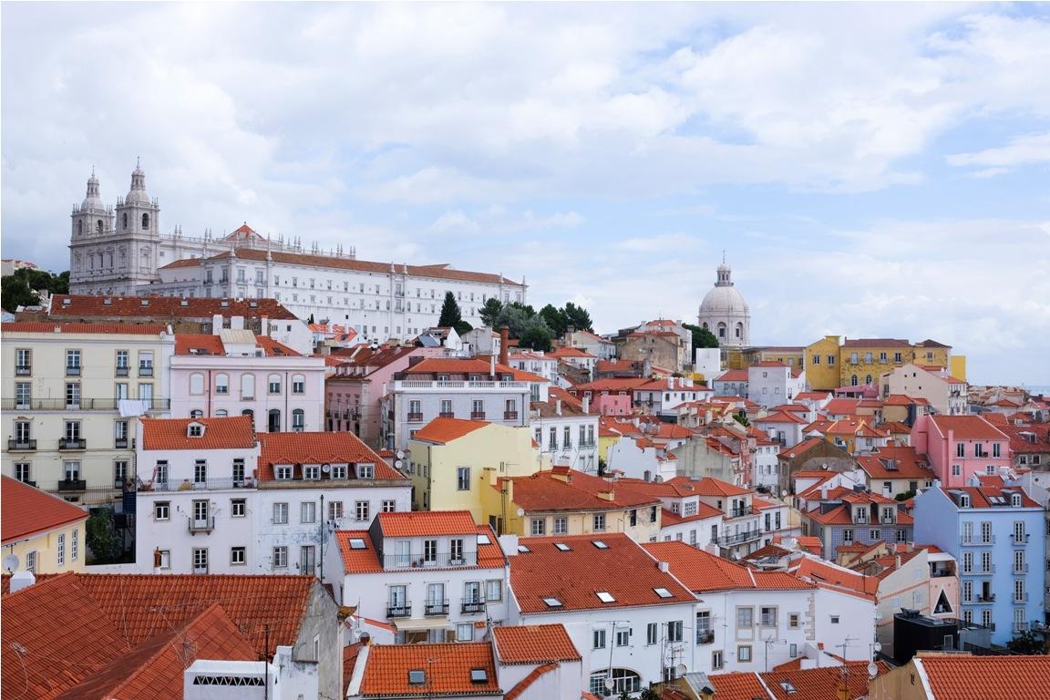 belvedere di Santa Luzia ad Alfama Lisbona